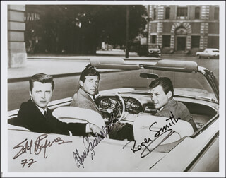 Autographs: 77 SUNSET STRIP TV CAST - PHOTOGRAPH SIGNED CO-SIGNED BY: EFREM ZIMBALIST JR., ROGER SMITH (ACTOR), EDD KOOKIE BYRNES