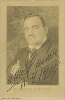 ENRICO CARUSO - AUTOGRAPHED SIGNED PHOTOGRAPH 1914