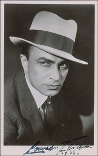 CONRAD VEIDT - PICTURE POST CARD SIGNED 1936