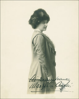 Autographs: MARGARET ANGLIN - PHOTOGRAPH SIGNED
