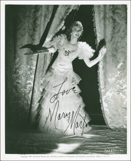 MARY MARTIN - AUTOGRAPHED SIGNED PHOTOGRAPH