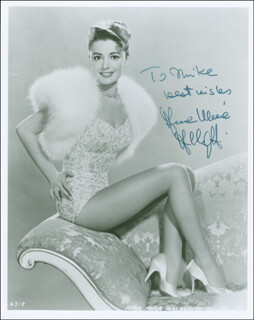 Autographs: ANNA MARIA ALBERGHETTI - INSCRIBED PHOTOGRAPH SIGNED
