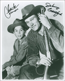 THE RIFLEMAN TV CAST - AUTOGRAPHED SIGNED PHOTOGRAPH CO-SIGNED BY: JOHNNY CRAWFORD, CHUCK CONNORS