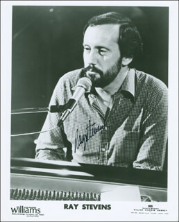 RAY STEVENS - PRINTED PHOTOGRAPH SIGNED IN INK