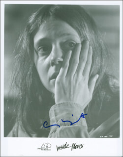 AMY WRIGHT - AUTOGRAPHED SIGNED PHOTOGRAPH