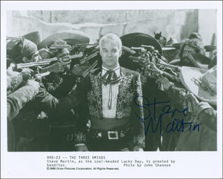 STEVE MARTIN - AUTOGRAPHED SIGNED PHOTOGRAPH