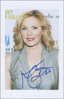 KIM CATTRALL - PRINTED PHOTOGRAPH SIGNED IN INK