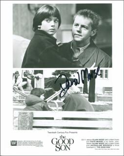DAVID MORSE - AUTOGRAPHED SIGNED PHOTOGRAPH
