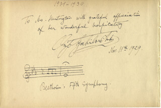 OSSIP GABRILOWITSCH - INSCRIBED AUTOGRAPH MUSICAL QUOTATION SIGNED 11/11/1929 CO-SIGNED BY: BERYL RUBINSTEIN, VLADIMIR BAKALEINIKOFF, EDITH RHETTS, ANDRÉ DE RIBAUPIERRE, VICTOR DE GOMEZ