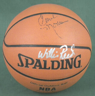 NEW YORK KNICKS - BASKETBALL SIGNED CO-SIGNED BY: WILLIS REED, EARL THE PEARL MONROE
