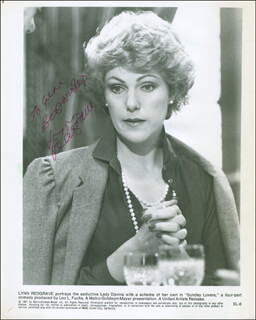 LYNN REDGRAVE - AUTOGRAPHED INSCRIBED PHOTOGRAPH