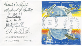 SPACE SHUTTLE DISCOVERY - STS - 41D CREW - COMMEMORATIVE ENVELOPE SIGNED CO-SIGNED BY: STEVEN A. HAWLEY, CHARLES D. WALKER, COLONEL RICHARD MIKE MULLANE, COLONEL HENRY HANK HARTSFIELD JR., CAPTAIN MICHAEL L. COATS, JUDITH A. JUDY RESNIK