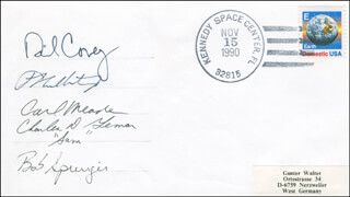 SPACE SHUTTLE ATLANTIS - STS - 38 CREW - COMMEMORATIVE ENVELOPE SIGNED CO-SIGNED BY: COLONEL RICHARD DICK COVEY, COLONEL CARL J. MEADE, COLONEL ROBERT C. SPRINGER, LT. COLONEL CHARLES D. SAM GEMAR, FRANK CULBERTSON