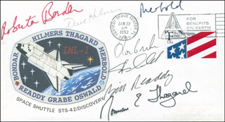 Autographs: SPACE SHUTTLE DISCOVERY - STS - 42 CREW - COMMEMORATIVE ENVELOPE SIGNED CO-SIGNED BY: ULF MERBOLD, STEVE OSWALD, COLONEL DAVID C. HILMERS, COLONEL RONALD J. GRABE, ROBERTA BONDAR, WILLIAM BILL READDY