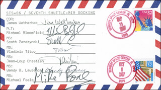 SPACE SHUTTLE ATLANTIS - STS - 86 CREW - COMMEMORATIVE ENVELOPE SIGNED CO-SIGNED BY: CAPTAIN JAMES D. WETHERBEE, VLADIMIR TITOV, CAPTAIN WENDY LAWRENCE, COLONEL MICHAEL J. BLOOMFIELD, SCOTT PARAZYNSKI, BRIGADIER GENERAL JEAN-LOUP CHRETIEN, MIKE FOALE