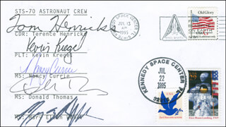 SPACE SHUTTLE DISCOVERY - STS - 70 CREW - COMMEMORATIVE ENVELOPE SIGNED CO-SIGNED BY: COLONEL TERENCE TOM HENRICKS, DONALD A. THOMAS, COLONEL NANCY CURRIE, MARY ELLEN WEBER, KEVIN KREGEL