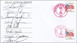 SPACE SHUTTLE ENDEAVOUR - STS - 67 CREW - COMMEMORATIVE ENVELOPE SIGNED CO-SIGNED BY: TAMARA TAMMY JERNIGAN, STEVE OSWALD, LT. COLONEL WILLIAM G. BILL GREGORY, CAPTAIN WENDY LAWRENCE, RONALD A. PARISE, SAMUEL DURRANCE, JOHN GRUNSFELD