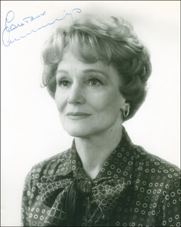 CONSTANCE CUMMINGS - AUTOGRAPHED SIGNED PHOTOGRAPH