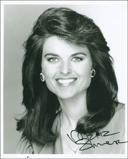 MARIA SHRIVER - AUTOGRAPHED SIGNED PHOTOGRAPH