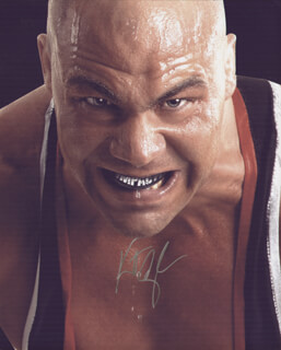 Autographs: KURT ANGLE - PHOTOGRAPH SIGNED