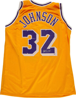 Autographs: EARVIN MAGIC JOHNSON - JERSEY SIGNED