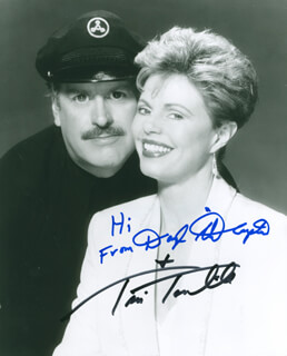 CAPTAIN & TENNILLE - AUTOGRAPHED SIGNED PHOTOGRAPH CO-SIGNED BY: CAPTAIN & TENNILLE (DARYL DRAGON), CAPTAIN & TENNILLE (TONI TENNILLE)