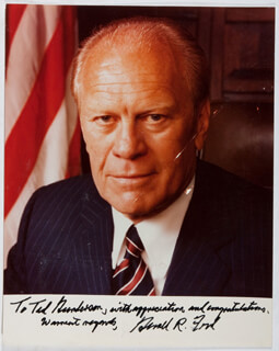 PRESIDENT GERALD R. FORD - AUTOGRAPHED INSCRIBED PHOTOGRAPH