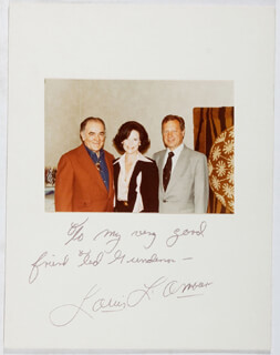 LOUIS D. L'AMOUR - INSCRIBED PHOTOGRAPH MOUNT SIGNED