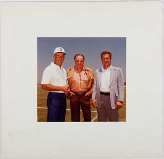 TOM LANDRY - PHOTOGRAPH UNSIGNED
