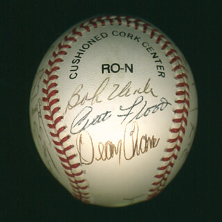 Autographs: CURT FLOOD - BASEBALL SIGNED CO-SIGNED BY: ORLANDO THE BABY BULL CEPEDA, DAVE WICK WICKERSHAM, BOB GIBSON, JERRY BUCHEK, BOBBY RICHARDSON, JIM RAY HART, BARNEY SCHULTZ, GENE SKIP MAUCH, CURT SIMMONS, MILT GIMPY PAPPAS, JOHN EDWARDS, MIKE CUELLAR, DEAN CHANCE, BOB UECKER, CHARLIE JAMES