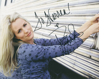 DEANA CARTER - AUTOGRAPHED INSCRIBED PHOTOGRAPH