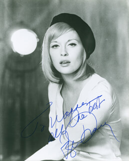 FAYE DUNAWAY - AUTOGRAPHED INSCRIBED PHOTOGRAPH