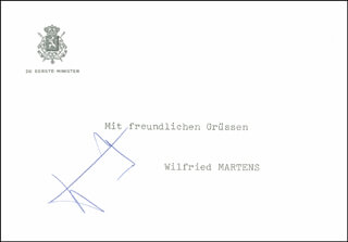 Autographs: PRIME MINISTER WILFRIED MARTENS (BELGIUM) - PRINTED CARD SIGNED IN INK