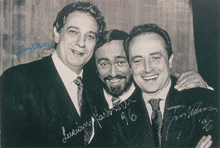 THE THREE TENORS - AUTOGRAPHED SIGNED PHOTOGRAPH 1996 CO-SIGNED BY: PLACIDO DOMINGO, JOSE CARRERAS, LUCIANO PAVAROTTI