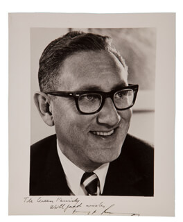 Autographs: HENRY A. KISSINGER - INSCRIBED PHOTOGRAPH SIGNED CIRCA 1970