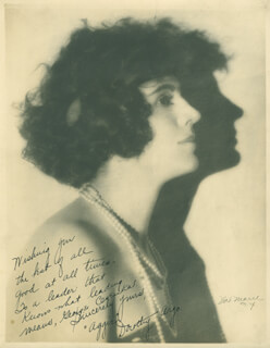 Autographs: DOROTHY ARGO - INSCRIBED PHOTOGRAPH SIGNED
