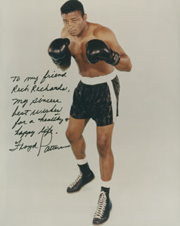 FLOYD PATTERSON - AUTOGRAPH NOTE ON PHOTOGRAPH SIGNED