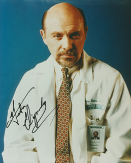 HECTOR ELIZONDO - AUTOGRAPHED SIGNED PHOTOGRAPH
