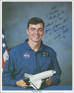 Autographs: LT. COLONEL ANDREW M. ALLEN - INSCRIBED PHOTOGRAPH SIGNED 11/08/1991