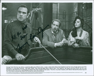 TOMMY LEE JONES - AUTOGRAPHED SIGNED PHOTOGRAPH