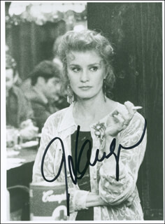 JESSICA LANGE - AUTOGRAPHED SIGNED PHOTOGRAPH
