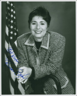 BARBARA BOXER - AUTOGRAPHED SIGNED PHOTOGRAPH