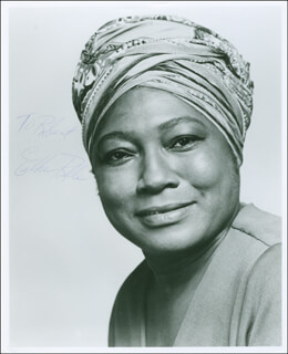 ESTHER ROLLE - AUTOGRAPHED INSCRIBED PHOTOGRAPH