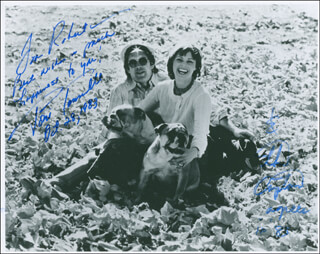 CAPTAIN & TENNILLE - AUTOGRAPHED INSCRIBED PHOTOGRAPH 10/28/1983 CO-SIGNED BY: CAPTAIN & TENNILLE (DARYL DRAGON), CAPTAIN & TENNILLE (TONI TENNILLE)