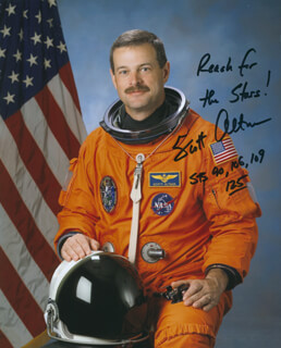 CAPTAIN SCOTT ALTMAN - AUTOGRAPHED SIGNED PHOTOGRAPH