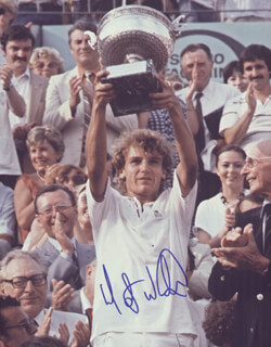 MATS WILANDER - AUTOGRAPHED SIGNED PHOTOGRAPH