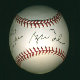 Autographs: PRESIDENT GEORGE W. BUSH - INSCRIBED BASEBALL SIGNED