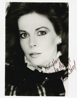 NATALIE WOOD - AUTOGRAPHED INSCRIBED PHOTOGRAPH