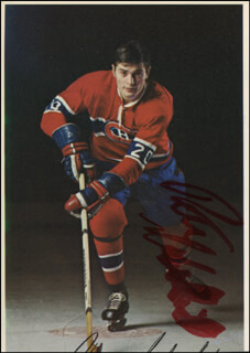 PETE MAHOVLICH - MAGAZINE PHOTOGRAPH SIGNED