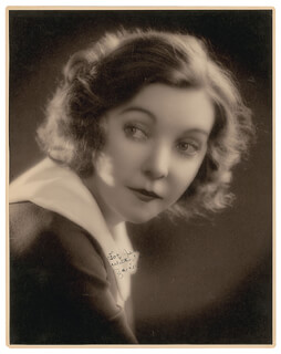 ZASU PITTS - AUTOGRAPHED INSCRIBED PHOTOGRAPH
